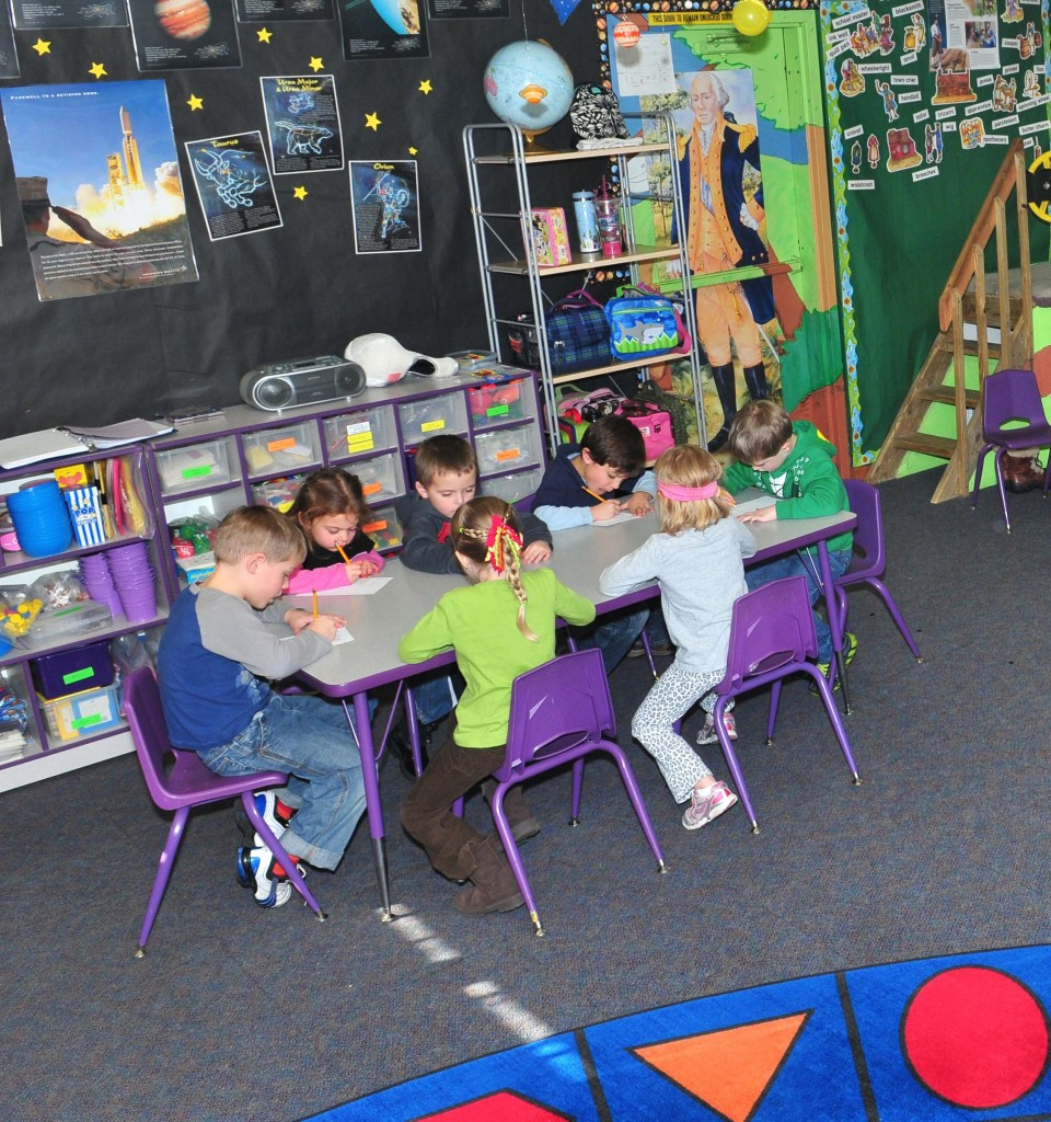 Colorado Springs Preschools | Children Working